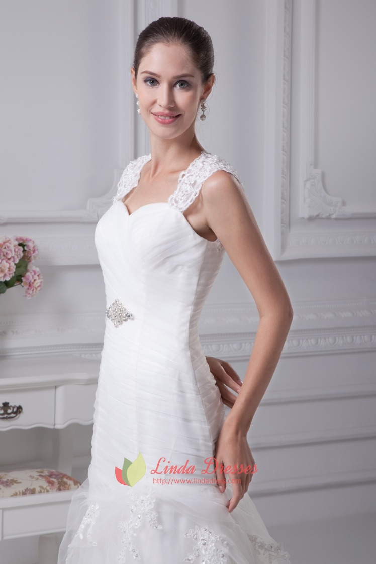 Lace Wedding Dress With Cap Sleeves And Keyhole Back, Mermaid ...