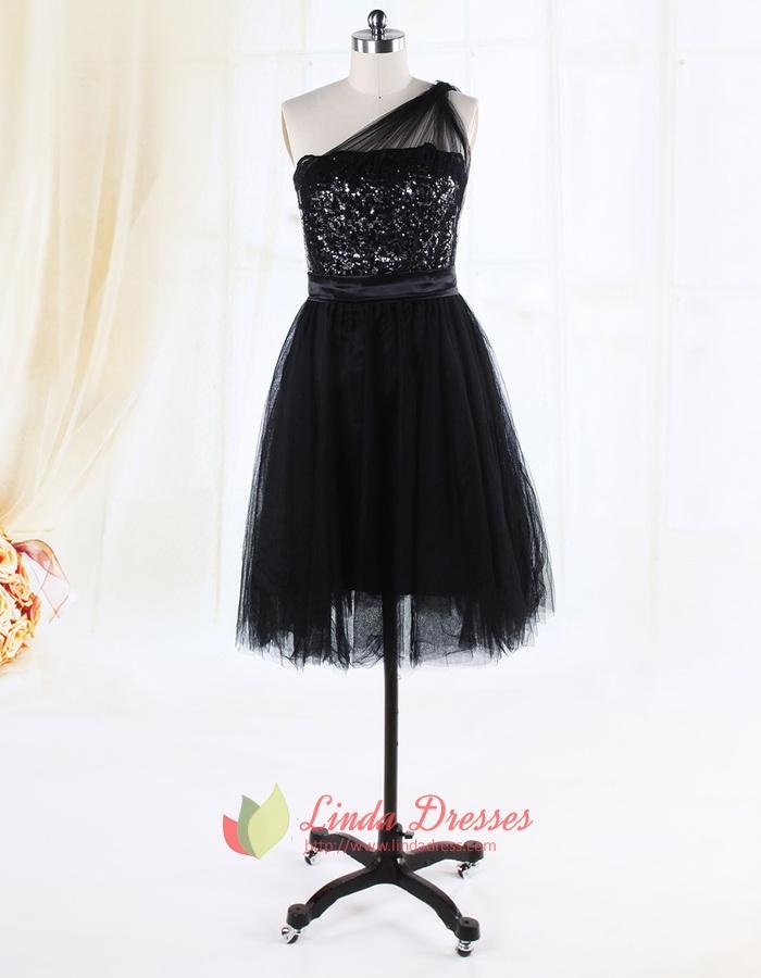 Knee Length One Shoulder Black Dress