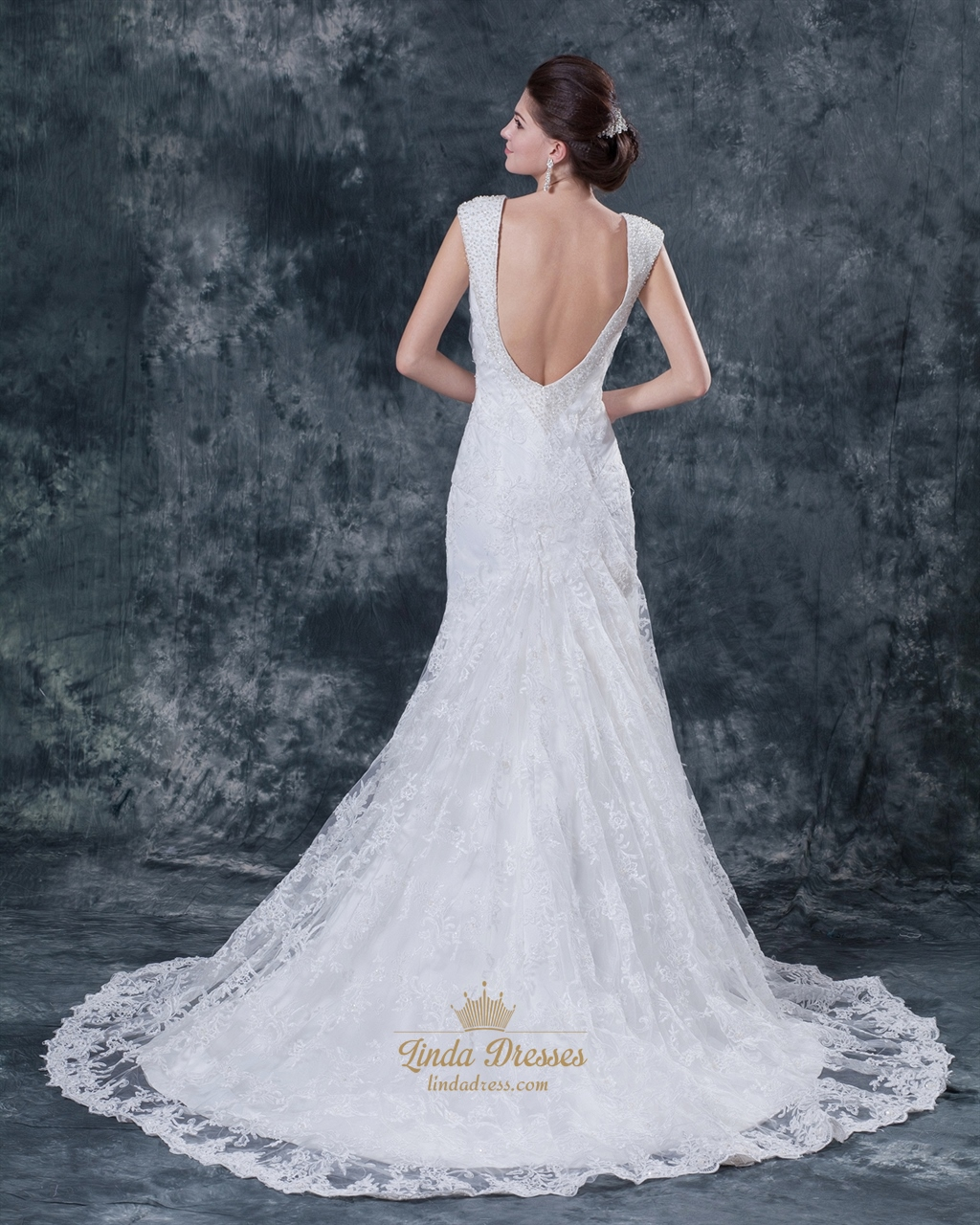 White V Neck Lace Mermaid Wedding Dress With Low Back And