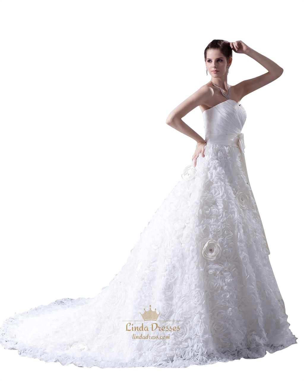 White strapless a line sweetheart tulle wedding dress with for Wedding dresses with tulle skirts