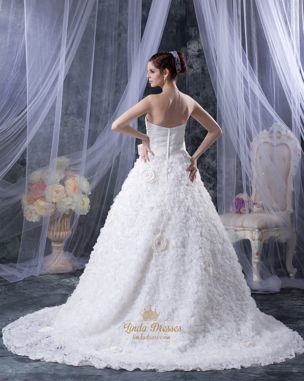White Strapless A-Line Sweetheart Tulle Wedding Dress With