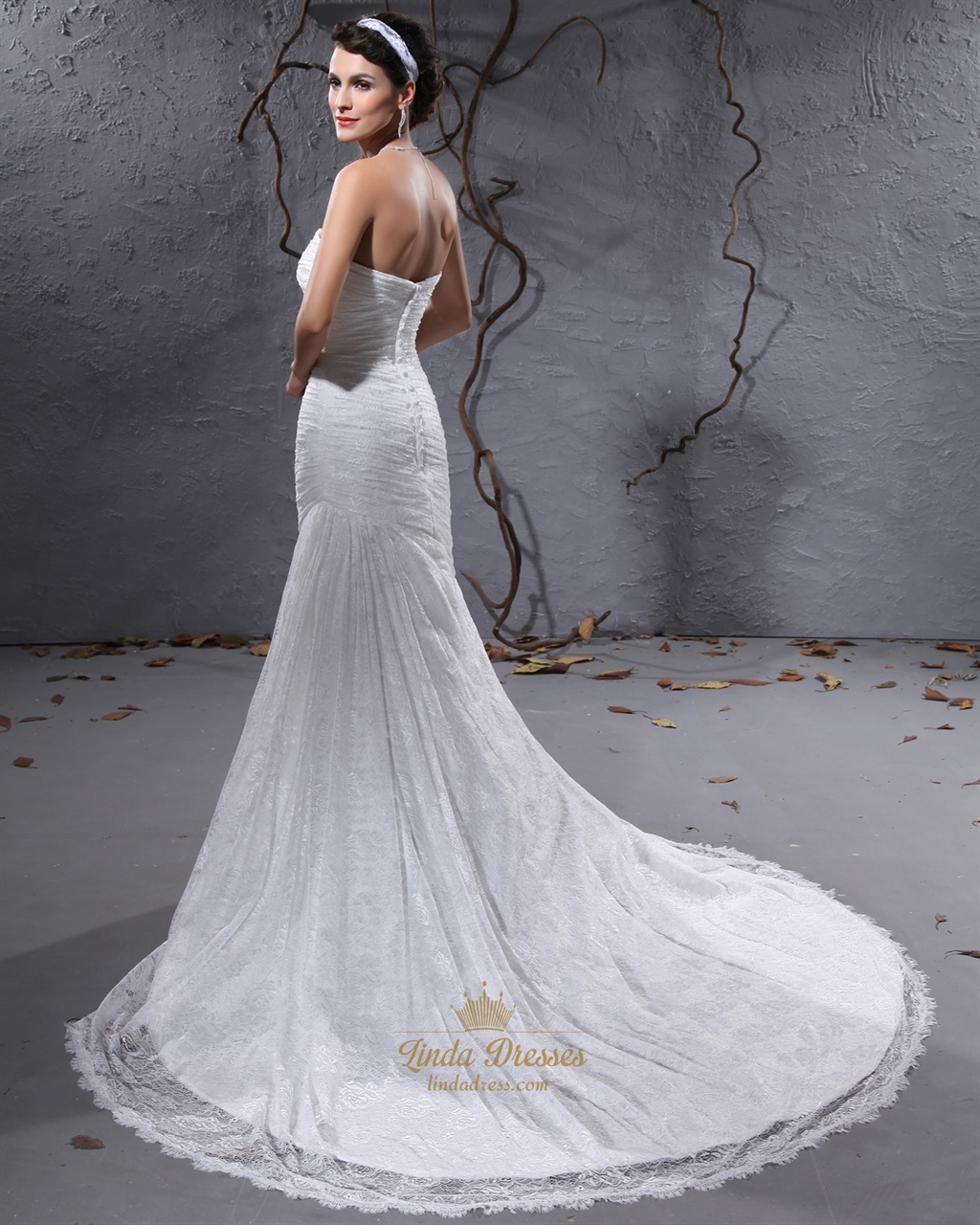 Elegant ivory lace strapless mermaid court train wedding for Ivory mermaid wedding dresses