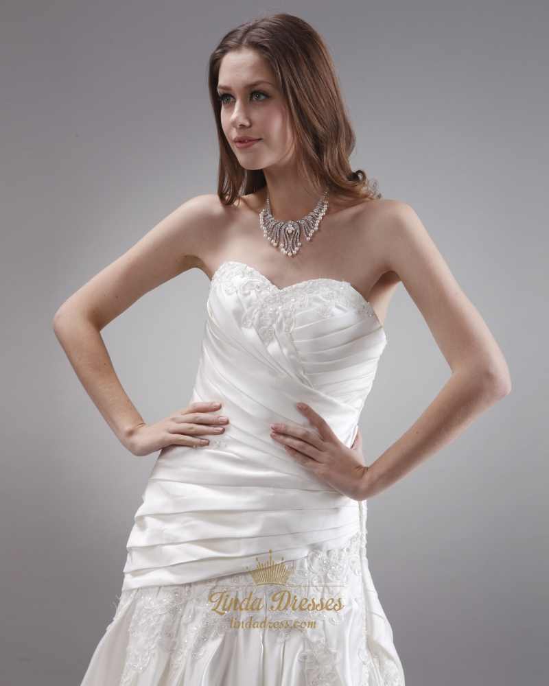 Ivory Strapless Neckline Ruched Wedding Dresses With Lace