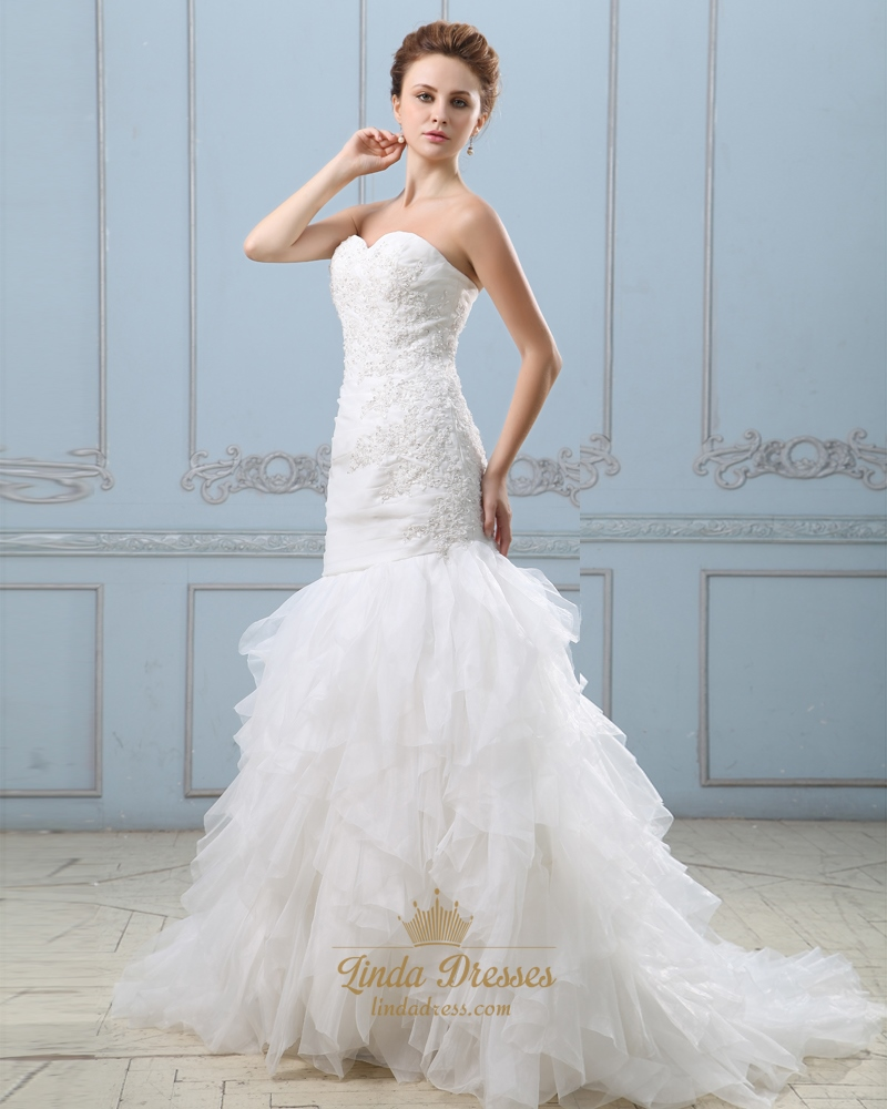 Ivory strapless sweetheart mermaid wedding dress with for Ivory mermaid wedding dresses
