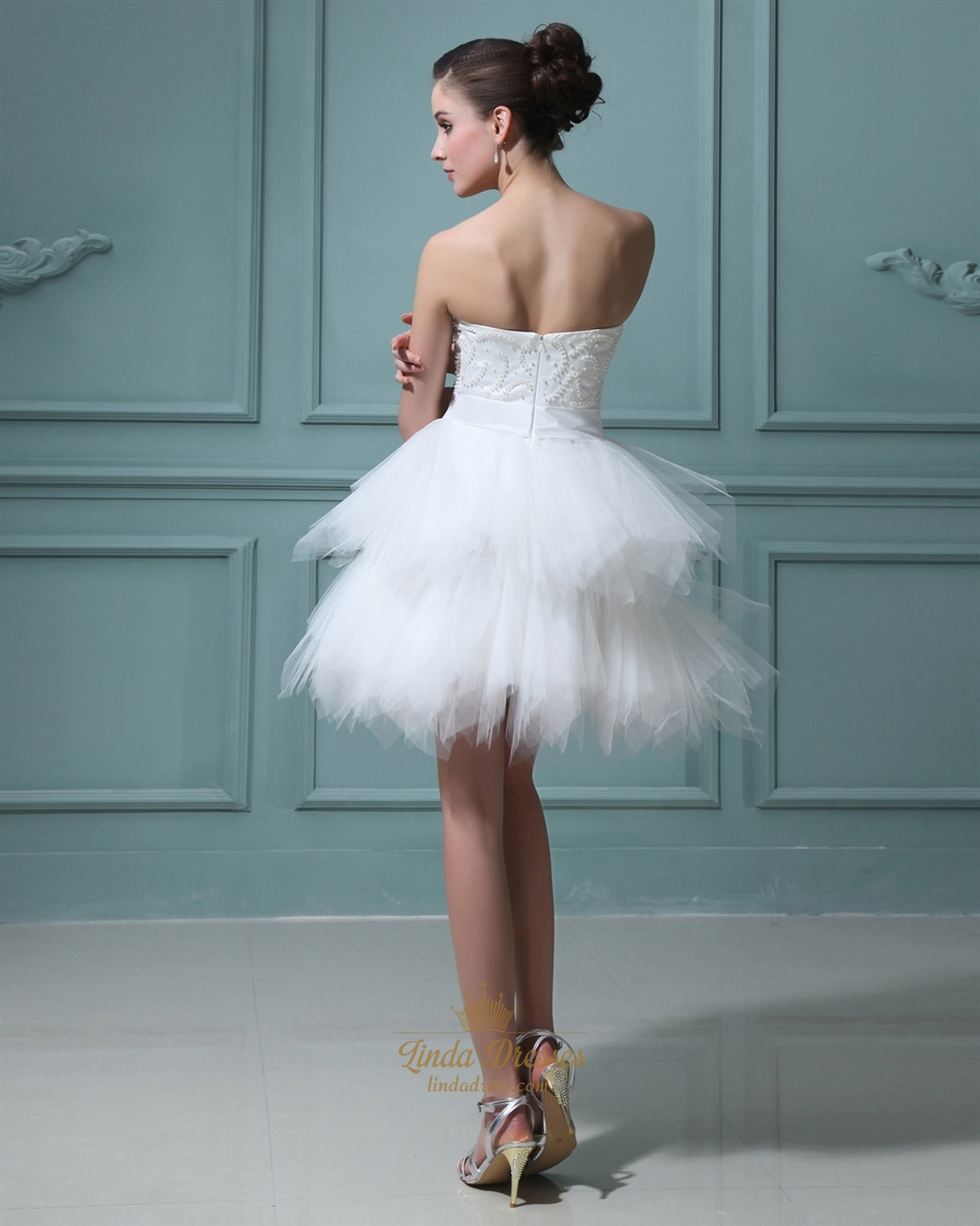 Elegant short white layered tulle skirt wedding dress with for Tulle layered wedding dress