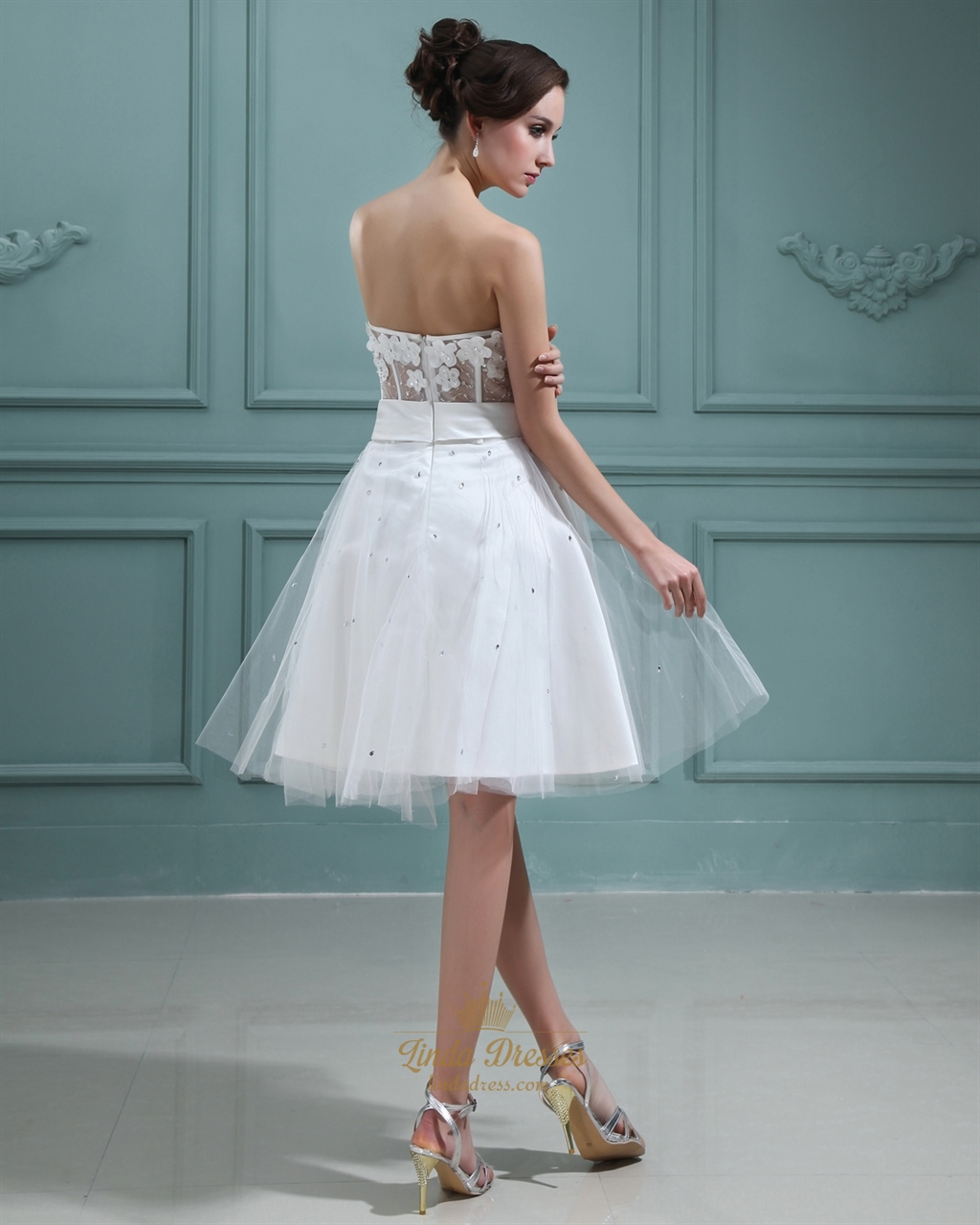 Ivory strapless knee length wedding dress with petal for Ivory knee length wedding dresses