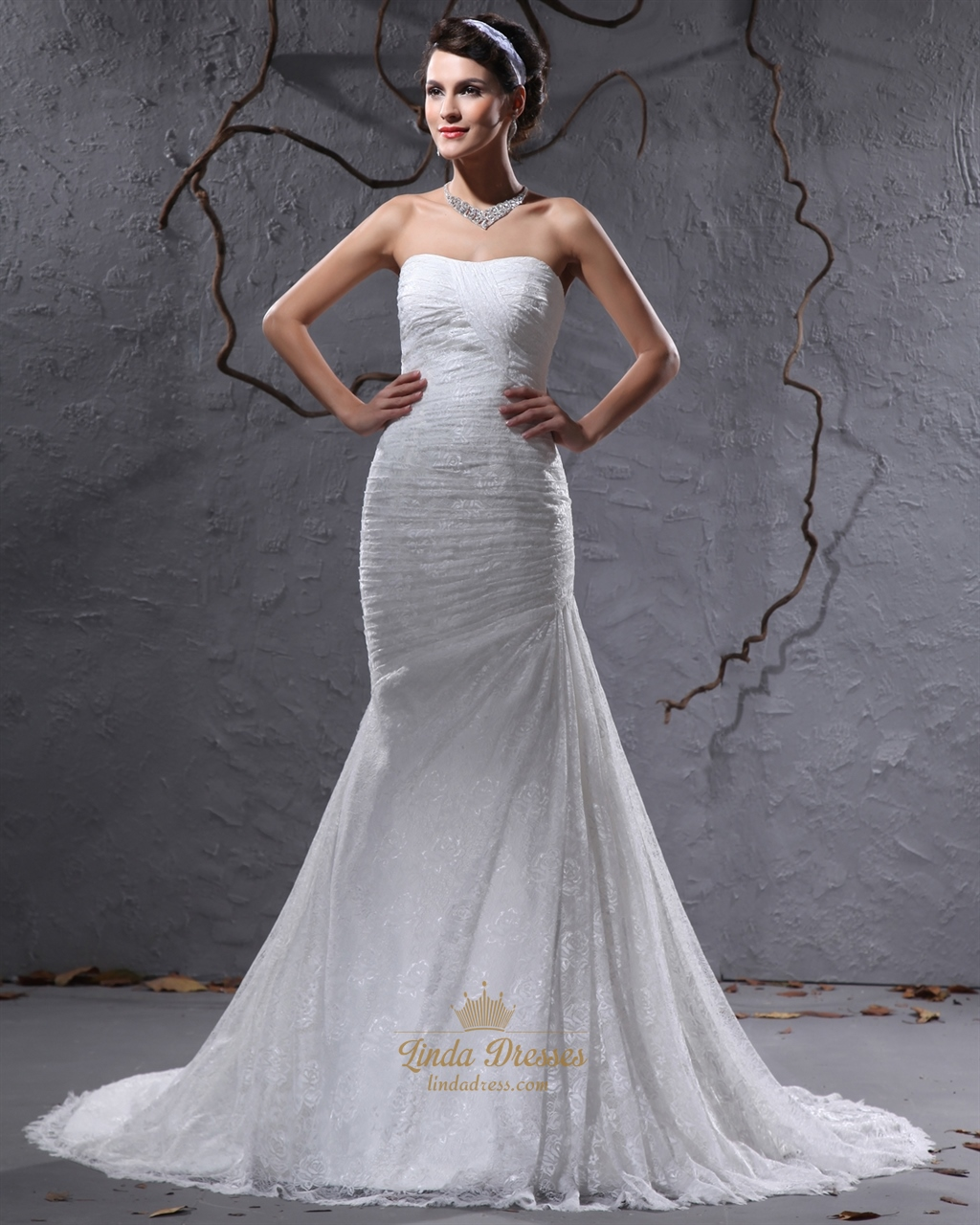 Ivory lace mermaid strapless wedding dresses for petite for Petite bride wedding dress