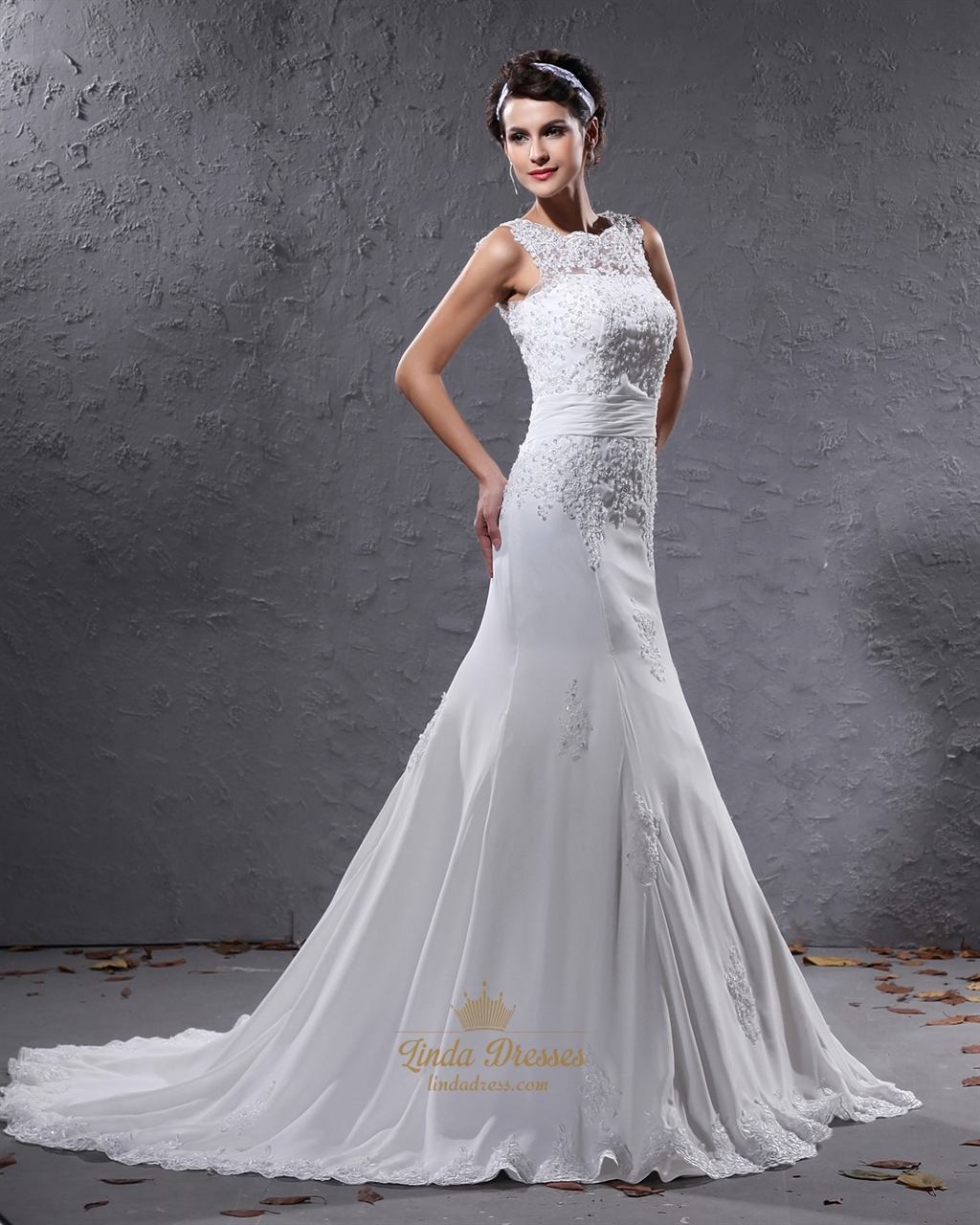 Ivory Mermaid Illusion Neckline Wedding Dresses With Lace