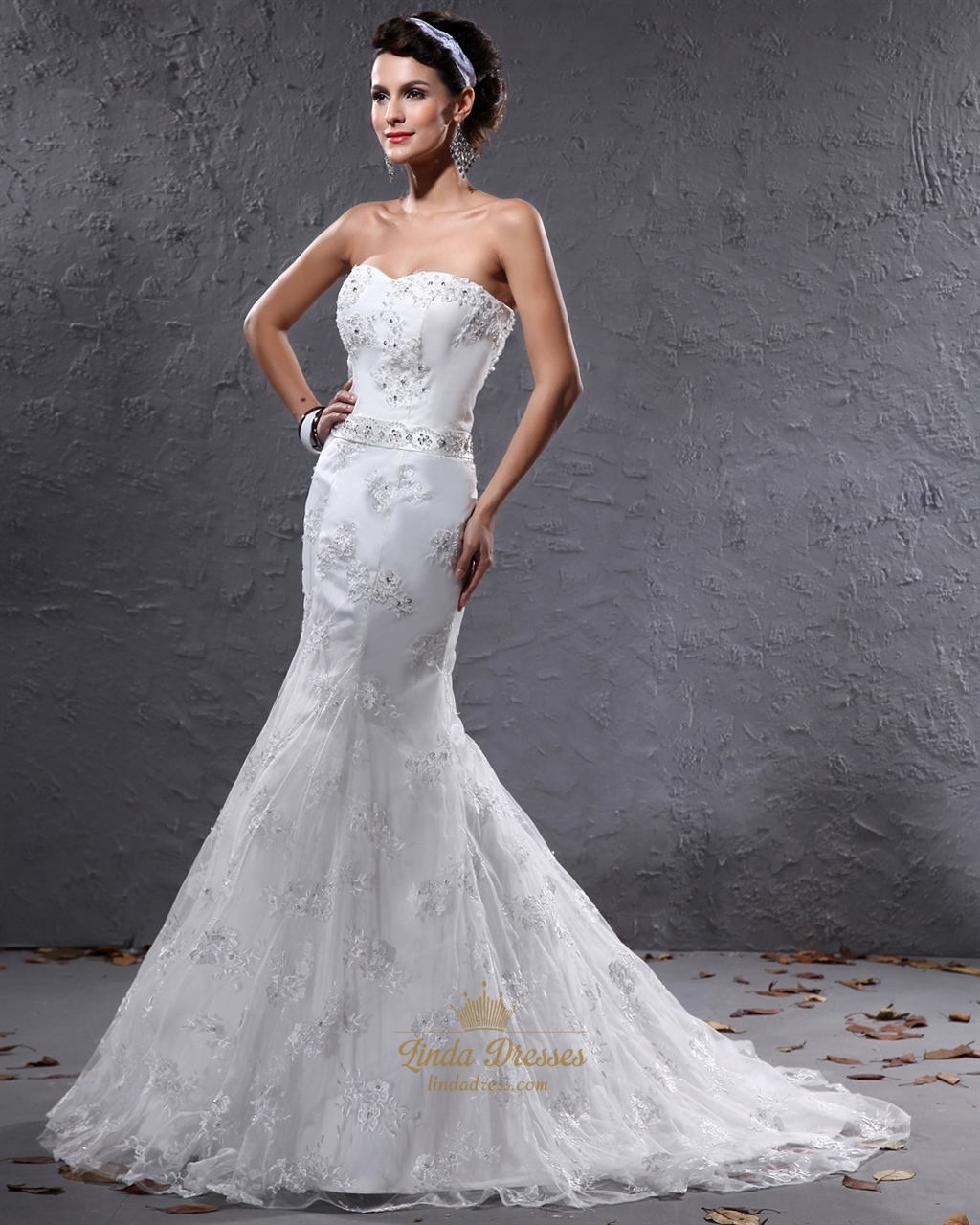 Ivory Mermaid Sweetheart Lace Wedding Dresses With Beaded Belt