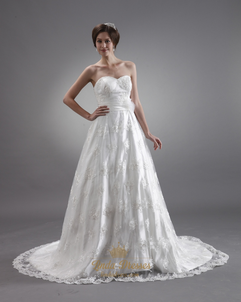 Ivory lace sweetheart strapless wedding dresses with for Sweetheart halter wedding dress