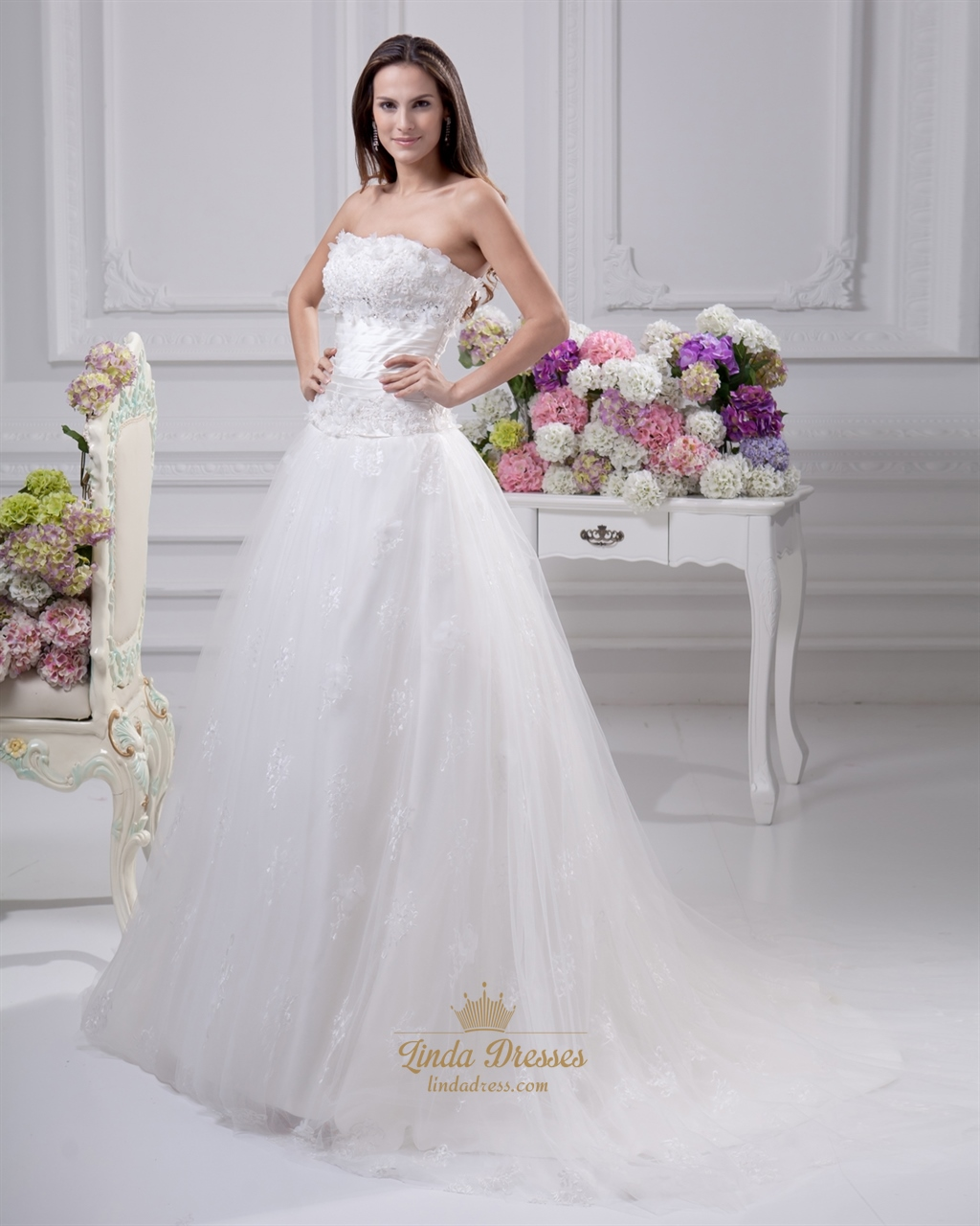 Ivory Strapless Tulle Wedding Gown With Lace Applique And 3D Flowers ...