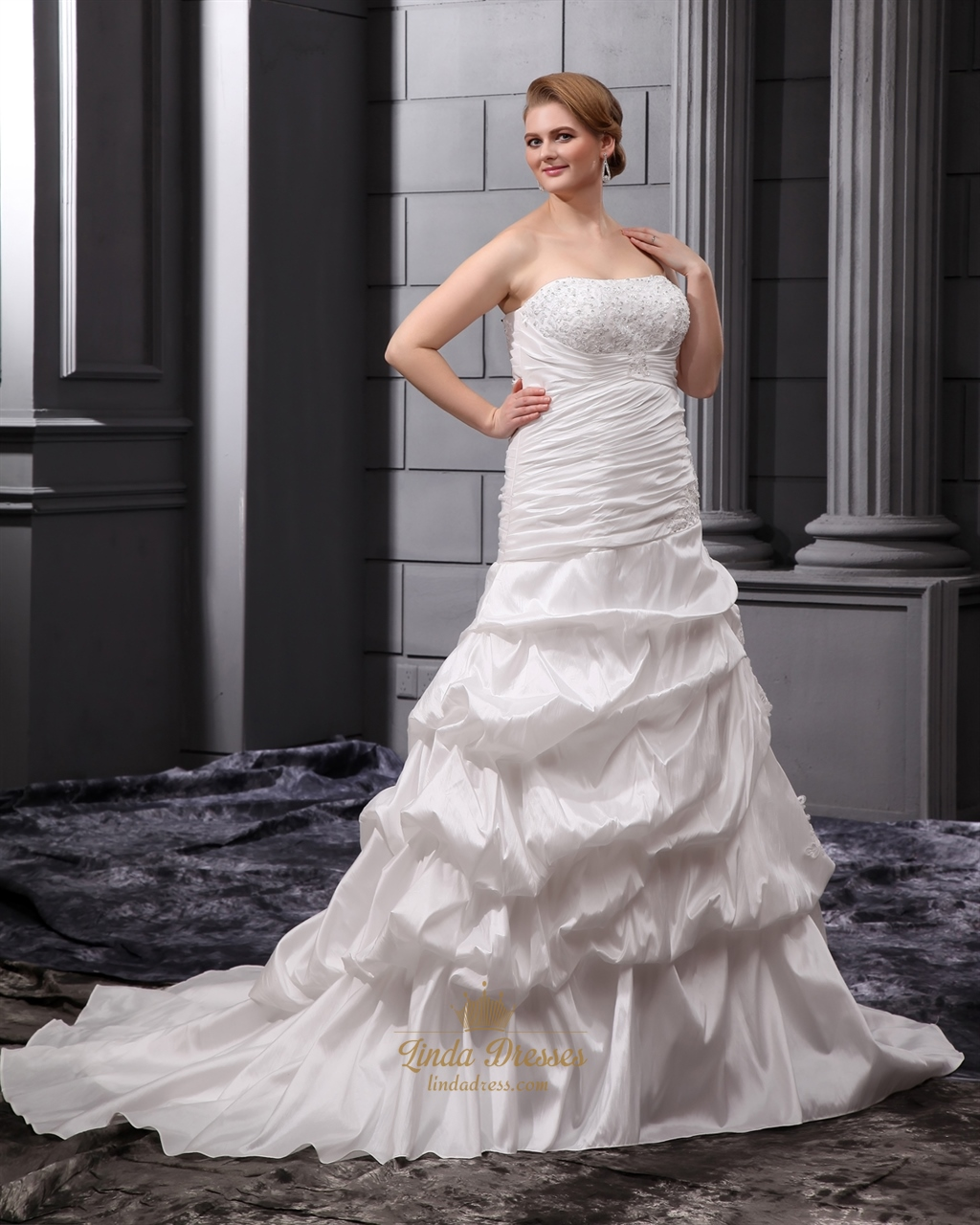 Ivory plus size strapless taffeta pick up wedding dresses for Strapless taffeta wedding dress