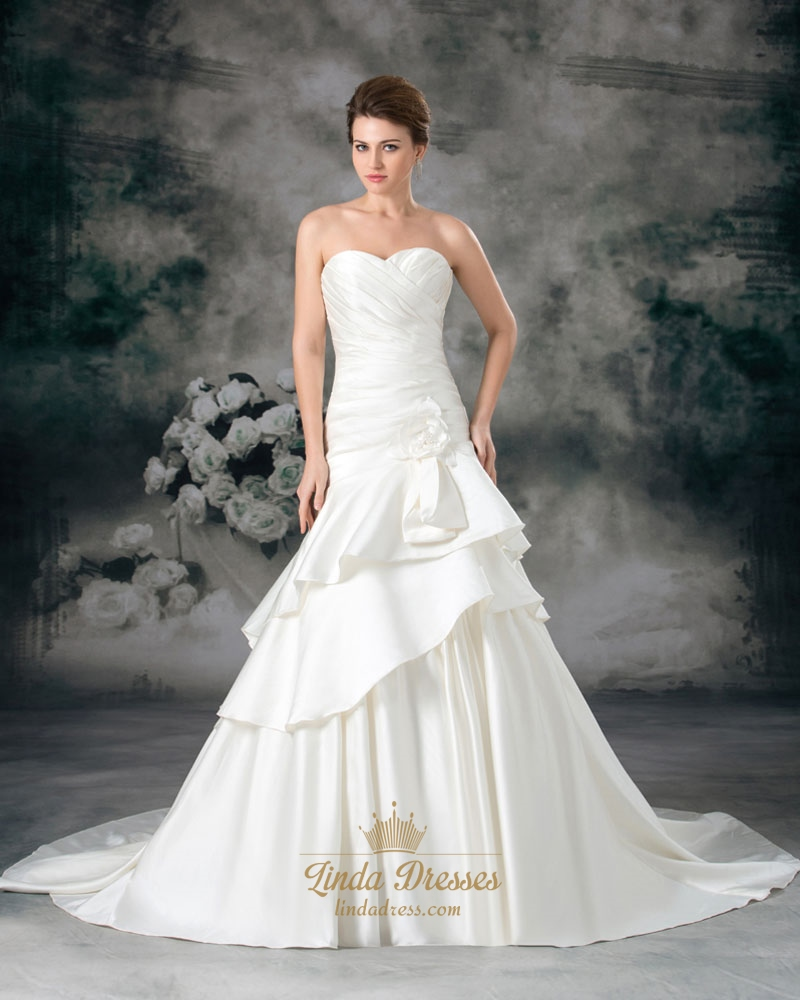 Ivory sweetheart strapless a line wedding dresses with for Sweetheart strapless a line wedding dress
