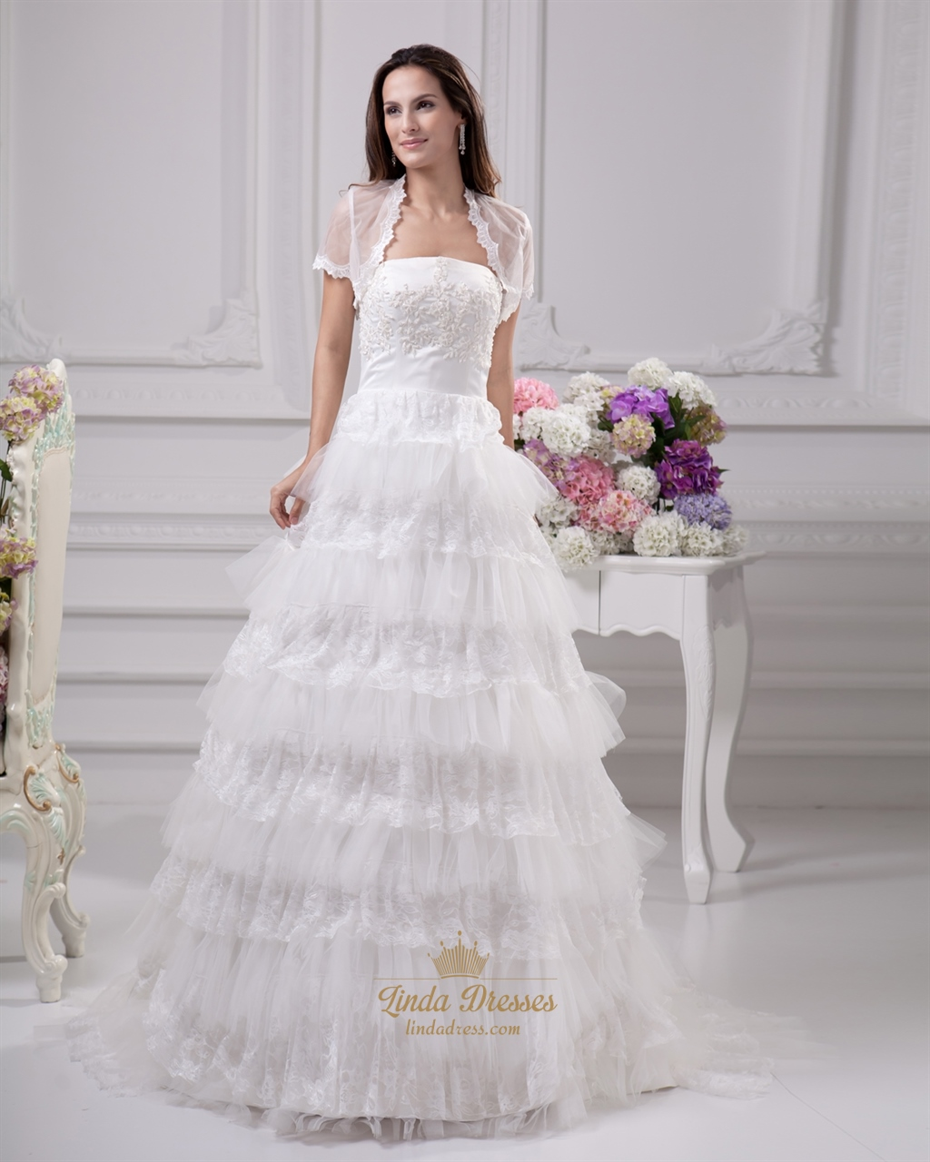 Ivory Strapless Lace And Tulle Layered Skirt Wedding Dress