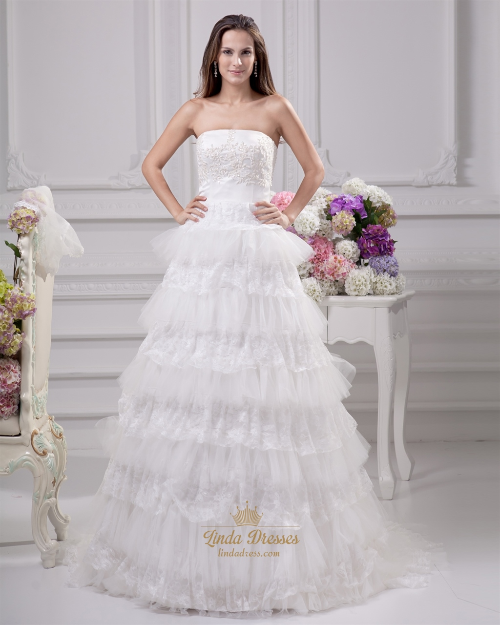 Ivory strapless lace and tulle layered skirt wedding dress for Tulle layered wedding dress