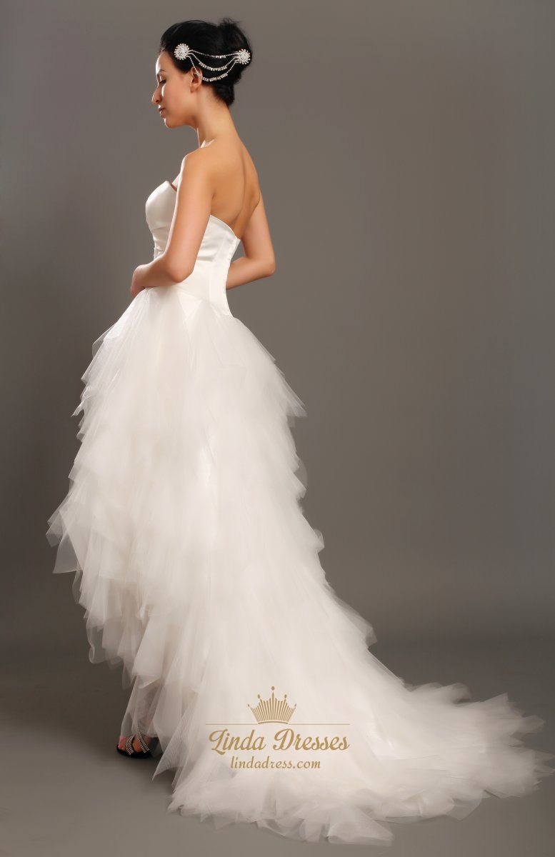 Unique ivory strapless tulle ruffle skirt wedding dresses for Wedding dresses with tulle skirts