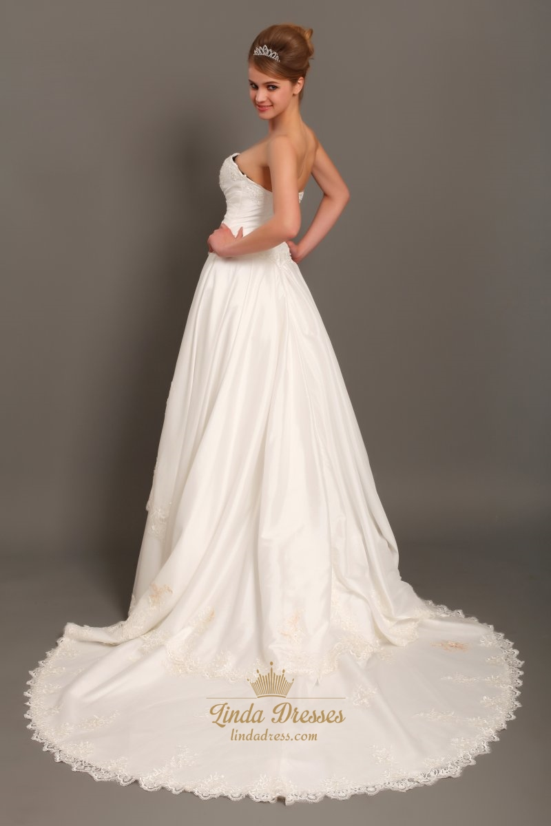 Ivory a line strapless chapel train taffeta applique for Strapless taffeta wedding dress