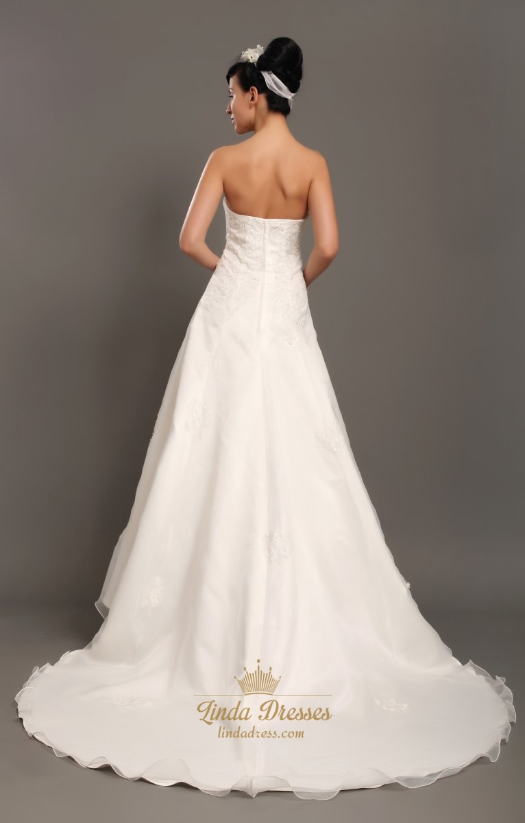 Ivory Strapless Organza Chapel Train Wedding Dresses With