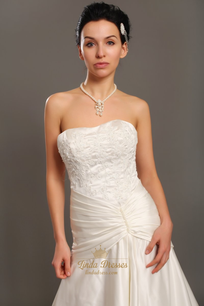 Elegant ivory strapless a line taffeta wedding dress with for Strapless taffeta wedding dress