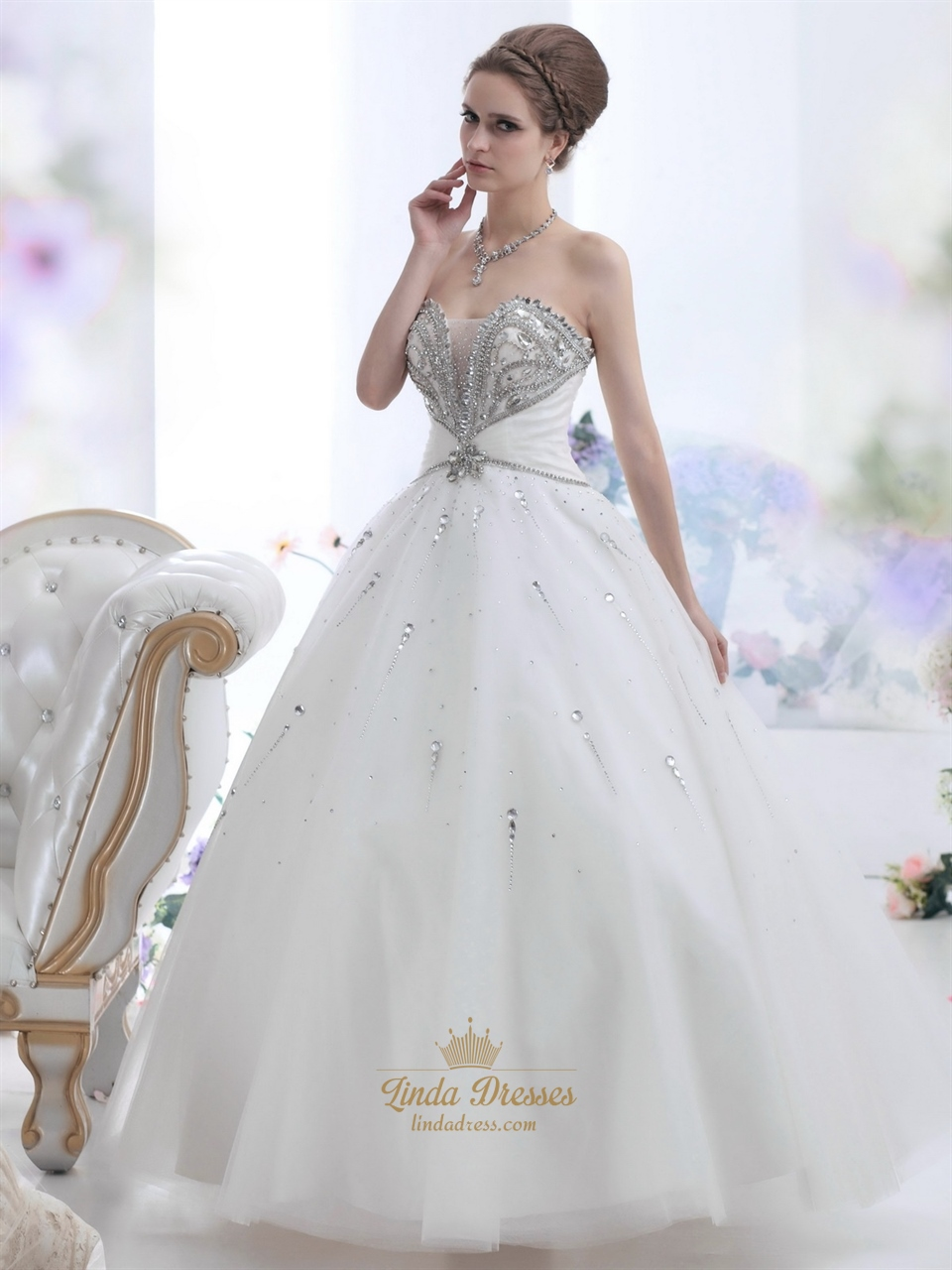 Ivory sweetheart beaded bodice ball gown wedding dress for Ivory beaded wedding dress