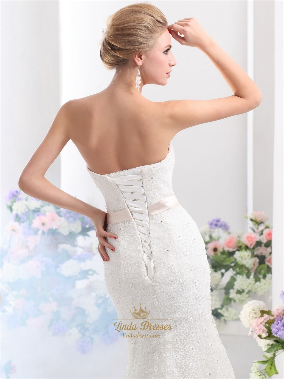 Lace up back wedding dress for Lace white wedding dress