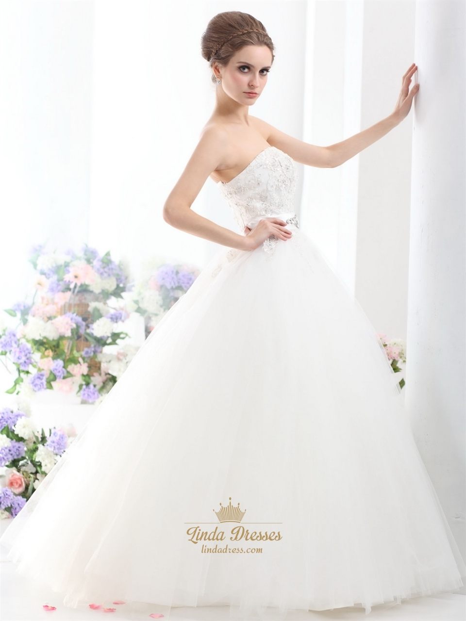 Ivory strapless beaded appliques tulle wedding dresses for How to make a beaded belt for a wedding dress