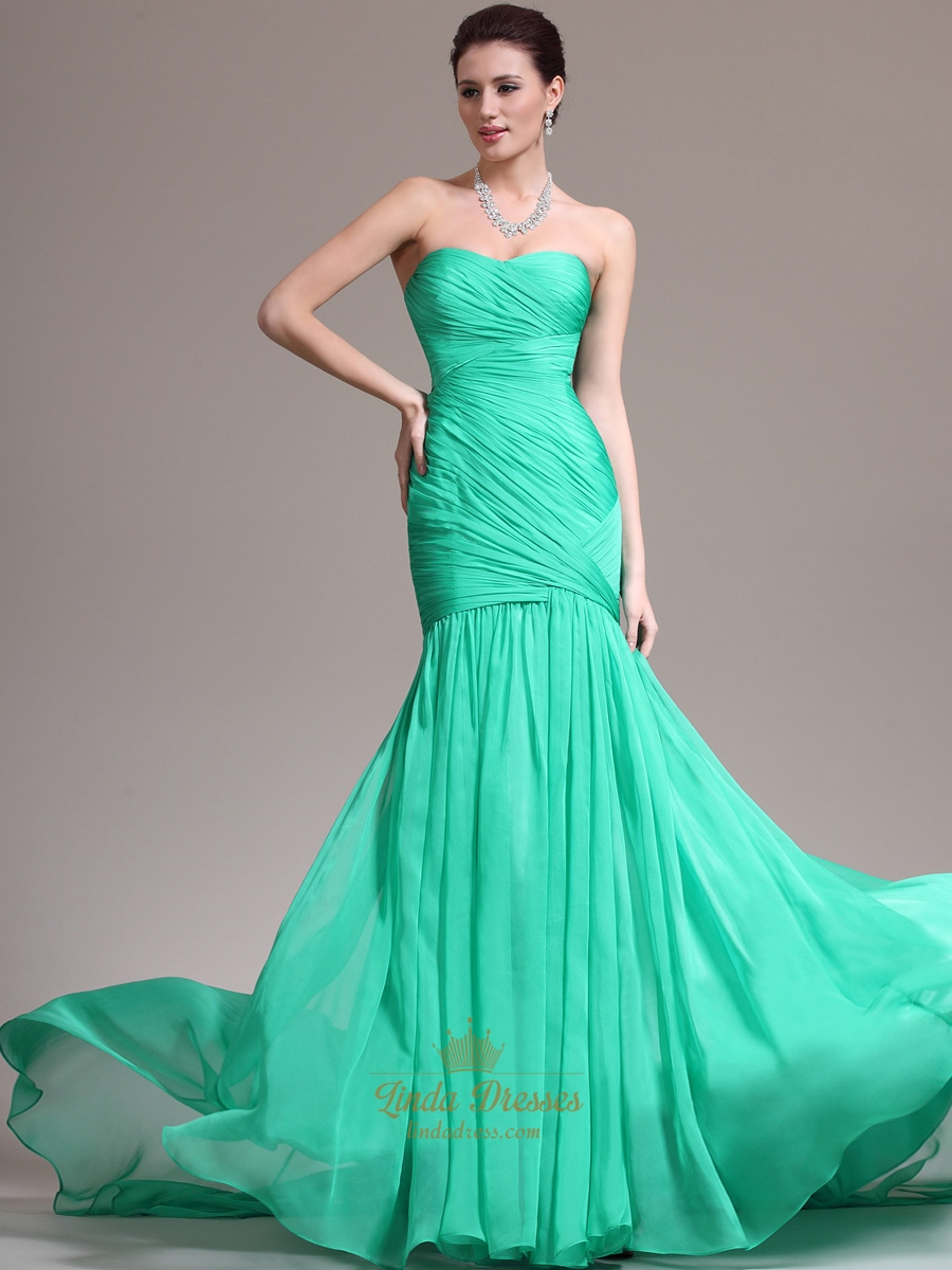 Green Chiffon Strapless Sheath Prom Dresses With Pleated