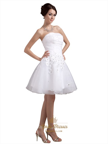 White Strapless Organza Short Beach Wedding Dress With Petals In Skirt