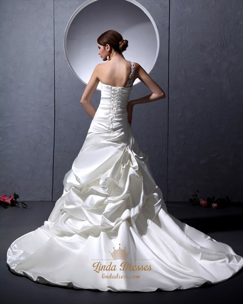 Ivory One Shoulder Satin Pick Ups Wedding Dresses With Lace Appliques