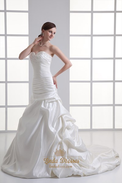 Ivory Satin Vintage Strapless Sweetheart Wedding Dress With Pick Ups