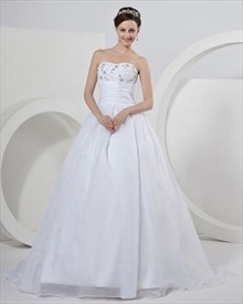 White Organza Sweetheart Strapless Wedding Dress With Floral Applique
