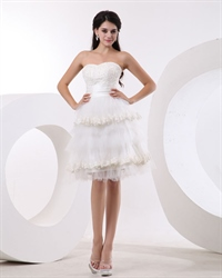 Vintage Ivory Short Strapless Sweetheart Tulle Wedding Dress With Lace