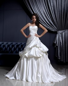Ivory A Line Sweetheart Satin Pick-Up Wedding Gown With Applique Detail