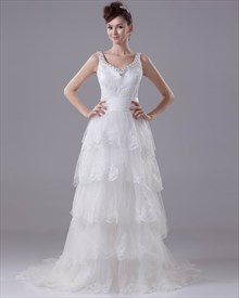 Vintage Ivory V Neck Tulle Layered Skirt Wedding Dress With Lace