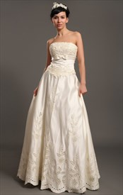 Ivory Strapless Satin Floor-Length Wedding Dresses With Antique Lace