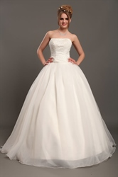Ivory Strapless Organza Ball Gown Wedding Dresses With Beaded Bodice