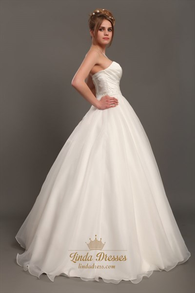 Ivory Sweetheart Ball Gown Organza Wedding Dress With Beaded Waistband
