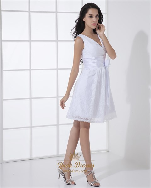 Simple White Short V Neck Lace Wedding Dresses With Flower Detail