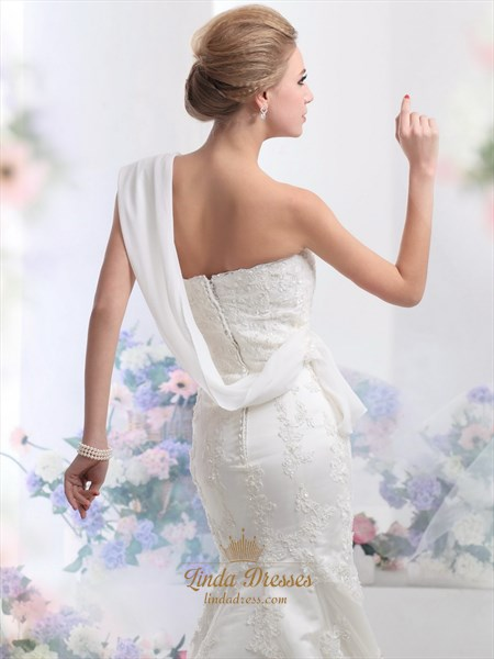 Ivory Lace Applique One Shoulder Mermaid Wedding Dress With Long Trains