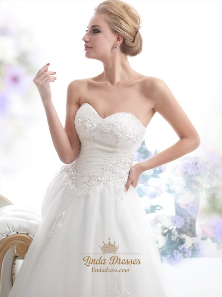 Ivory Strapless Beaded Tulle Wedding Dress With Beaded Appliques