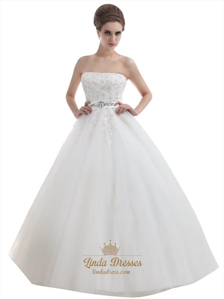 Ivory Strapless Beaded Appliques Tulle Wedding Dresses With Beaded Belt