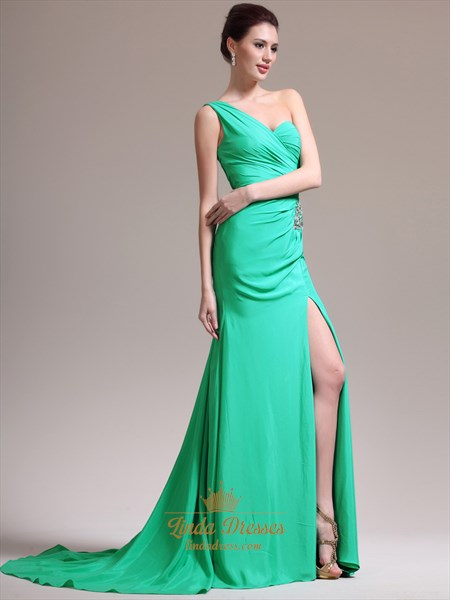 Green Sheath One Shoulder Chiffon Prom Dress With Beaded Detail
