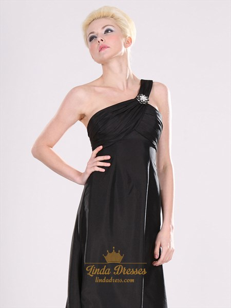 Black One Shoulder Chiffon Bridesmaid Dresses With Beaded Detail