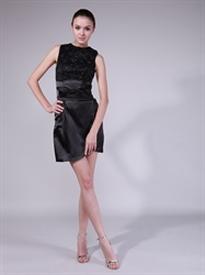 Black Short Sheath Cocktail Dresses With Beaded Lace Bodice