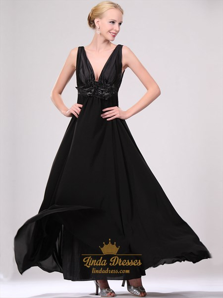 Black Contrast Deep V Neck Chiffon Prom Dresses With Floral Detail