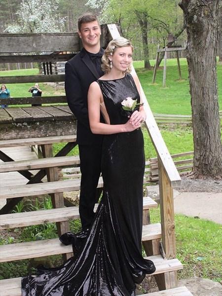 Backless Sleeveless Black Elegant Floor Length Sequin Evening Dress