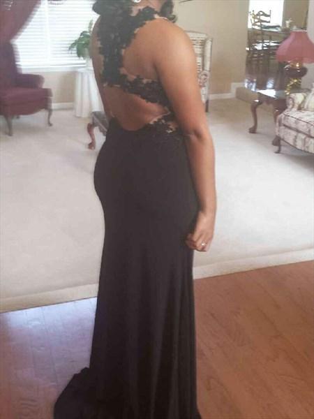 Black Sleeveless Mermaid Evening Dress With Lace Embellished Bodice