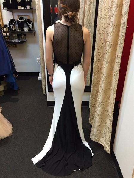 Two Tone Sleeveless V-Neck Mermaid Evening Dress With Lace Embellished