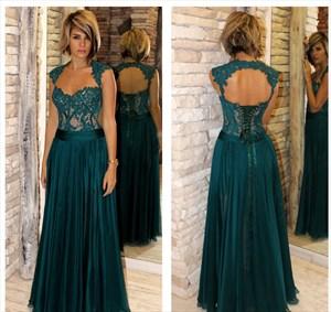 Dark Green A-Line Cap Sleeve Sweetheart Lace Bodice Chiffon Prom Dress
