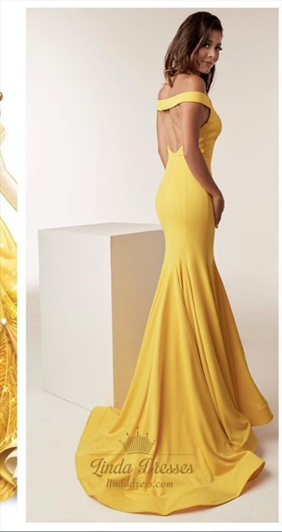 Yellow Elegant Halter Neck Mermaid Sleeveless Floor Length Prom Dress